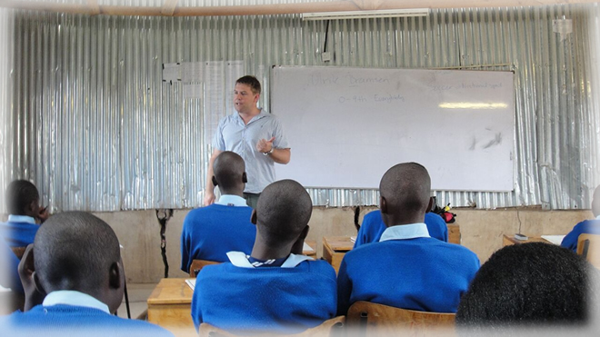 A Danish teacher teaches Kenyan students about Denmark as he also learns more about Kenya